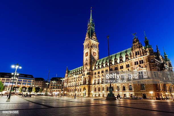 old city hall on rathausmarkt in hamburg hamburg, germany - town hall stock pictures, royalty-free photos & images