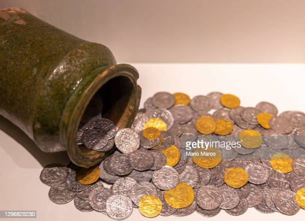 old coins - gold purse stock pictures, royalty-free photos & images
