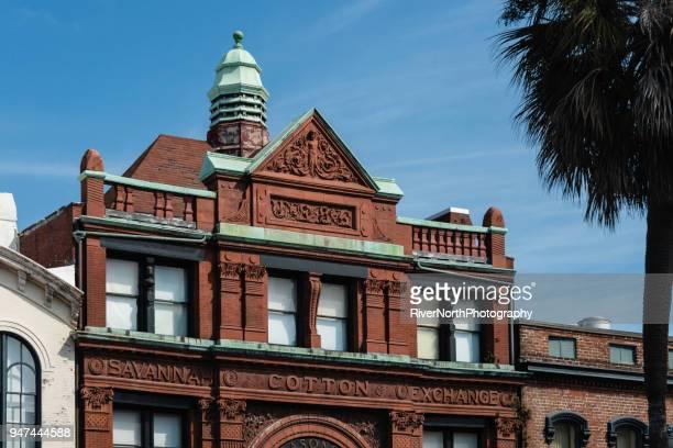 old cotton exchange, factors walk, savannah, georgia - historic district stock pictures, royalty-free photos & images