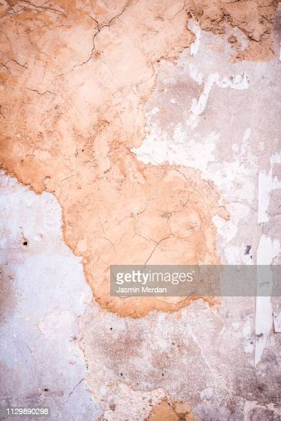 old cracked grungy wall - faded condition stock pictures, royalty-free photos & images
