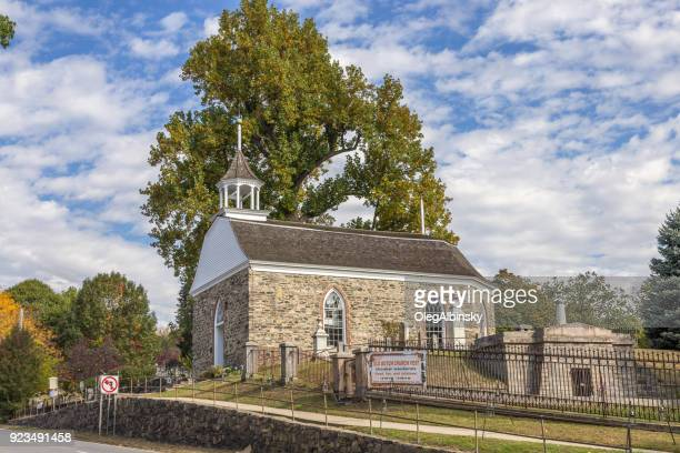 old dutch church of sleepy hollow and sleepy hollow cemetery in background, hudson valley, new york. - westchester county stock photos and pictures
