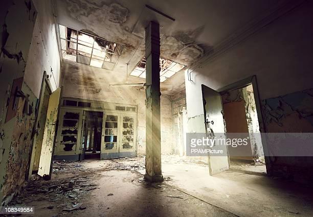 Alte leere Eingang