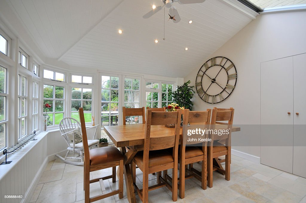 Old English Country Cottage : Stock Photo