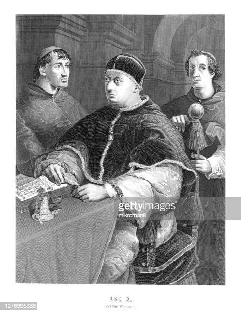 old engraved portrait of pope leo x with cardinals giulio de medici, luigi de rossi - pope stock pictures, royalty-free photos & images