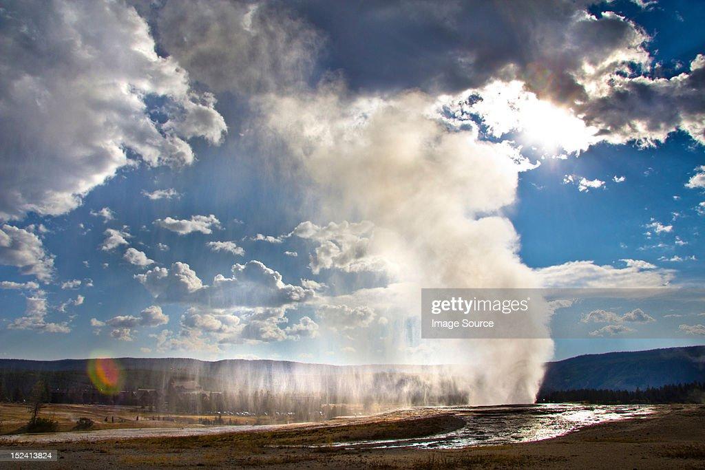 Old Faithful geyser erupting, Yellowstone National Park, Wyoming, USA : Stock Photo
