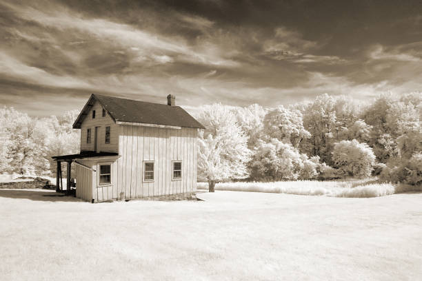 Free Old House Images Pictures And Royalty Free Stock Photos Freeimages Com