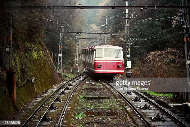 old fashion cable car - koyasan stock-fotos und bilder