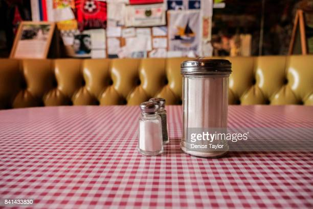 old fashioned diner condiments - diner stock pictures, royalty-free photos & images