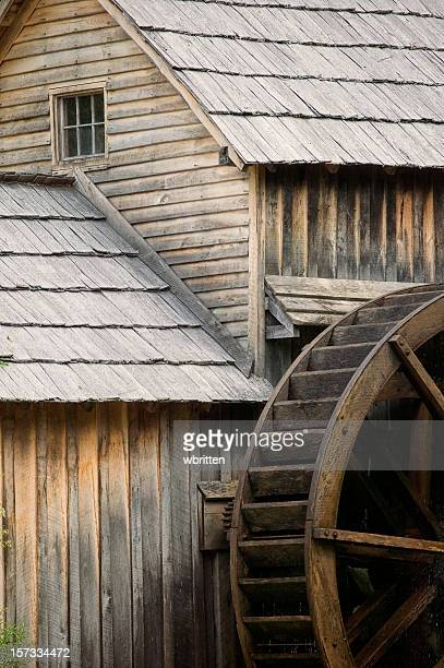 Old fashioned water wheel