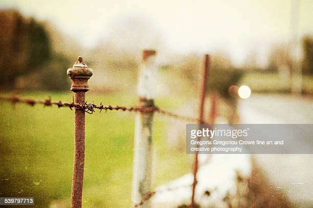 old fence - gregoria gregoriou crowe fine art and creative photography. stockfoto's en -beelden