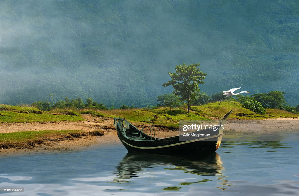 old fishing boat : Stock Photo