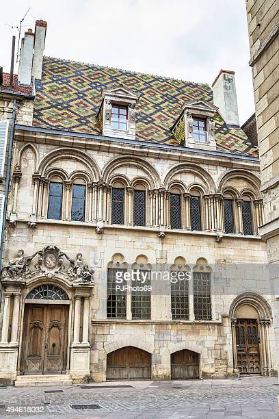 old french house in dijon - pjphoto69 stock pictures, royalty-free photos & images