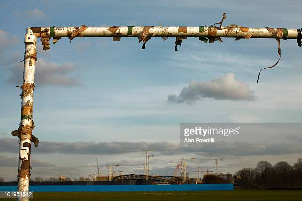 old goalposts - olympic stadium london stock pictures, royalty-free photos & images