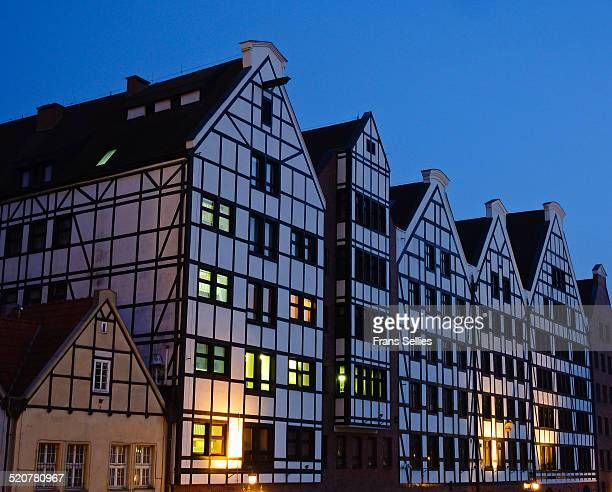 old granaries in gdansk, poland - motlawa river stock pictures, royalty-free photos & images