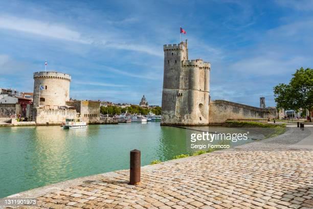 old harbour vieux port in la rochelle france - quayside stock-fotos und bilder