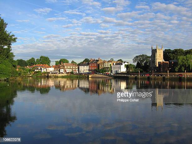 old isleworth, west london. - richmond upon thames stock pictures, royalty-free photos & images