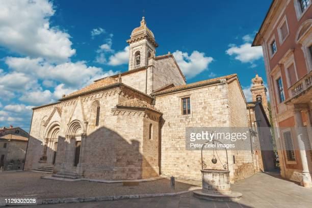 old italian church in tuscany - collegiata in san quirico d'orcia - san quirico d'orcia stock pictures, royalty-free photos & images
