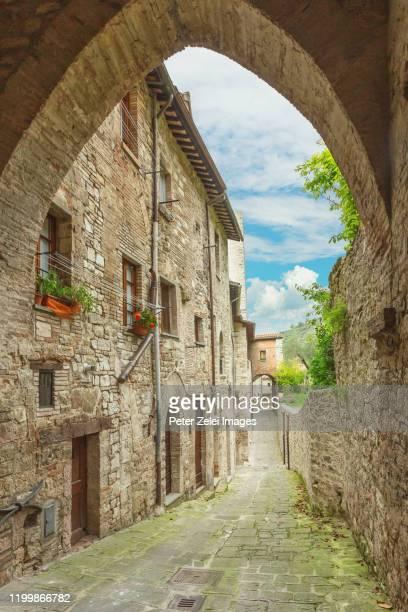old italian town - gubbio, umbria, italy - gubbio stock pictures, royalty-free photos & images
