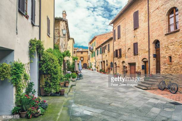 old italian town in tuscany - tuscany stock pictures, royalty-free photos & images