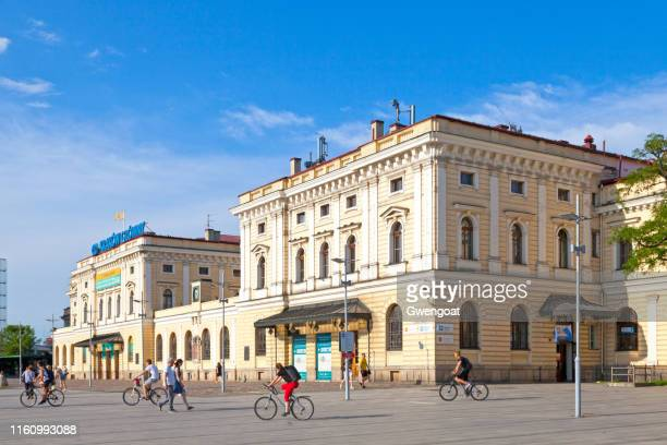 old main railway station of krakow - gwengoat stock pictures, royalty-free photos & images