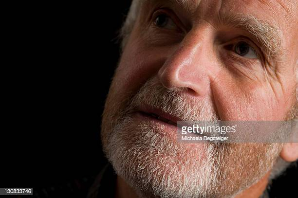 old man, older than 60 years - 65 69 years stock pictures, royalty-free photos & images