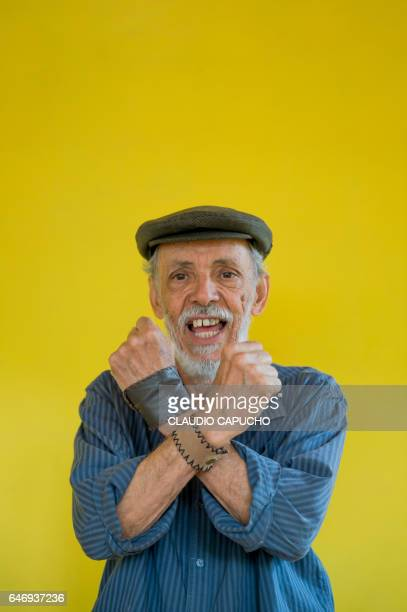 old man with attitude - claudio capucho stock pictures, royalty-free photos & images