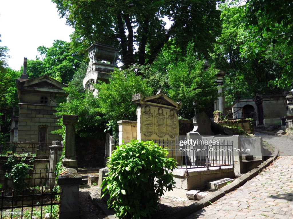 Old Pere Lachaise Cemetery : Stock Photo