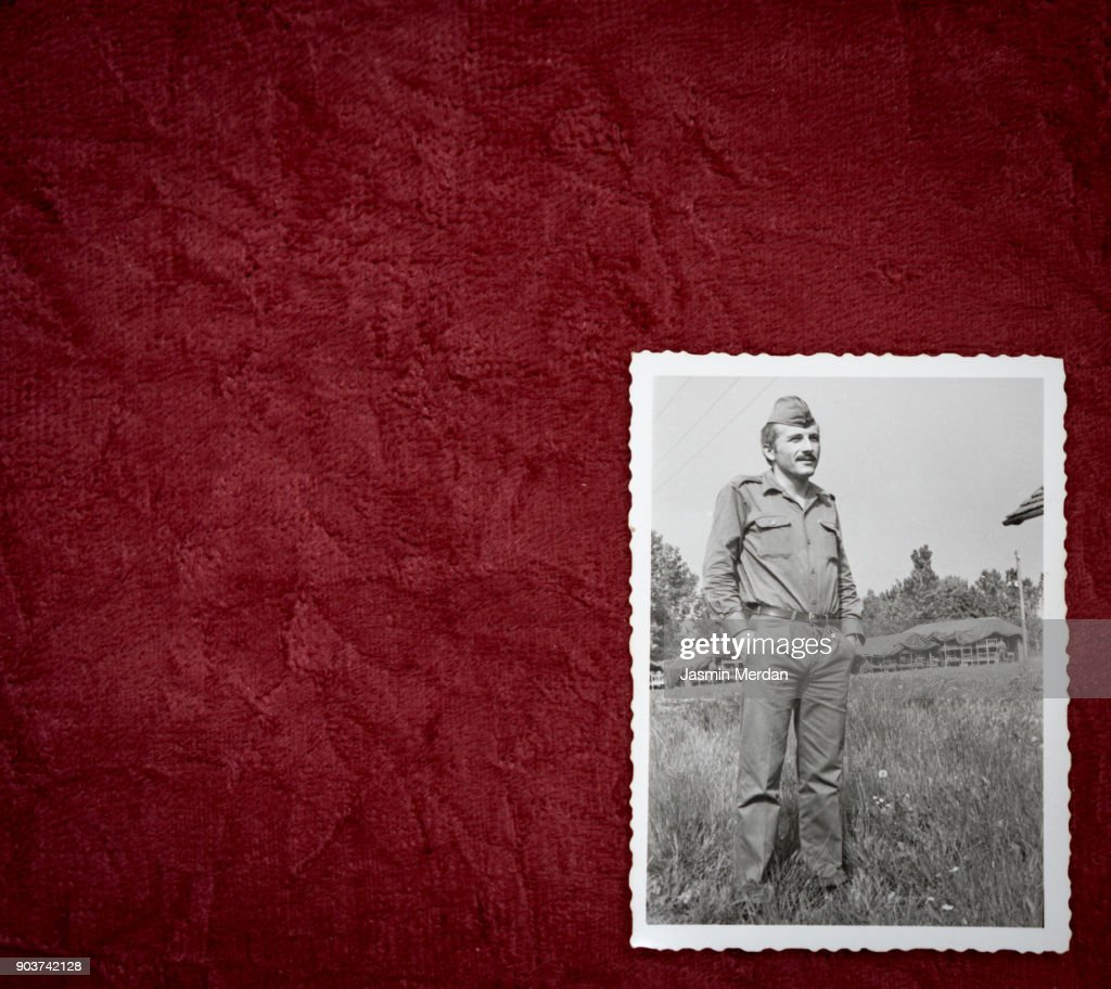 Old photos of man in army : Photo