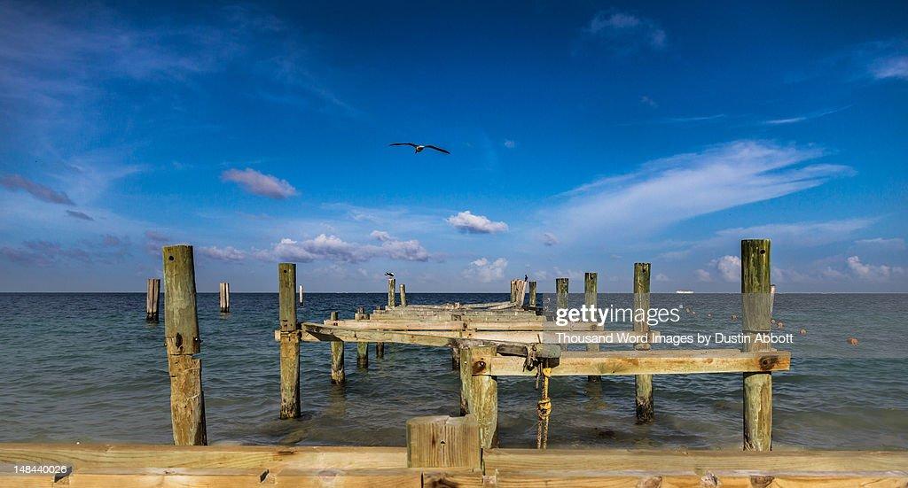 Old pier : Foto de stock