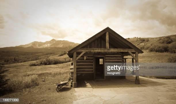 Old Pioneer Log cabin