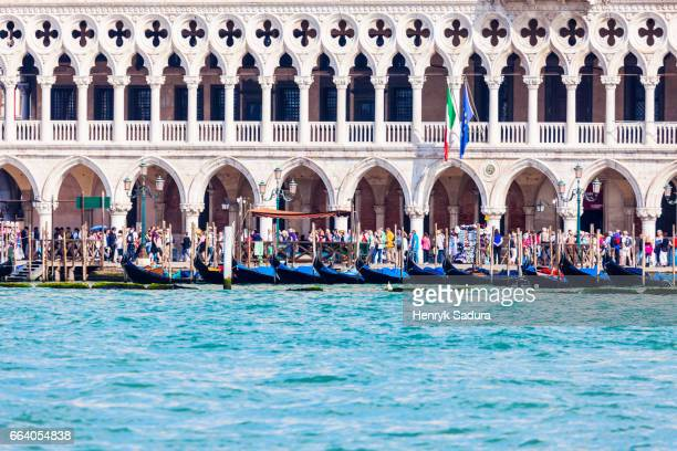 old port and doge's palace in venice - gondola traditional boat stock pictures, royalty-free photos & images