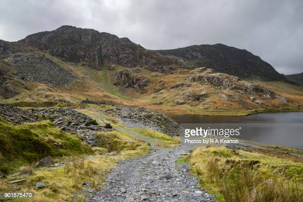 old quarry at cwmorthin, tanygrisiau, north wales - extreem terrein stockfoto's en -beelden