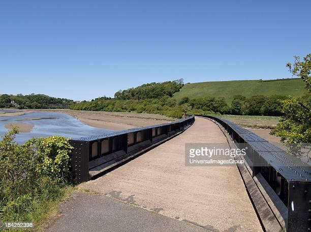 Old railway bridge over the River Torridge on the Tarka Trail between Bideford and Torrington, Devon, UK.
