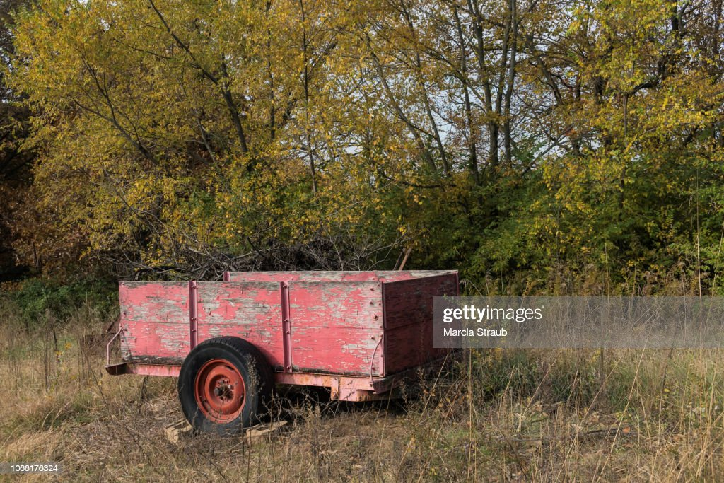 Old Red Farm Wagon In The Field High Res Stock Photo Getty Images