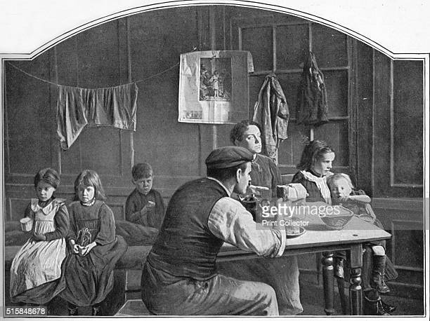 Old room in Slumland London circa 1900 From Living London Vol 1 edited by George R Sims [Cassell and Company Limited London Paris New York Melbourne...
