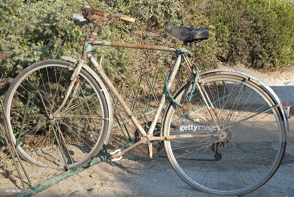 Old Rusty Bicycle Alter Rostiger Drahtesel Fahrrad Stock Photo ...