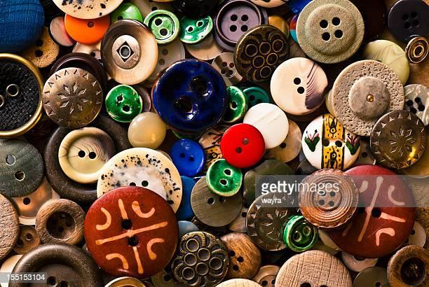 old sewing buttons - knoop naaigerei stockfoto's en -beelden