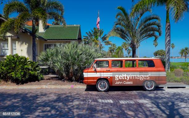 old southeast neighborhood, saint petersburg, florida - st. petersburg florida stock pictures, royalty-free photos & images