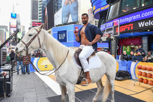 NY: Old Spice Actor Isaiah Mustafa Times Square Appearance
