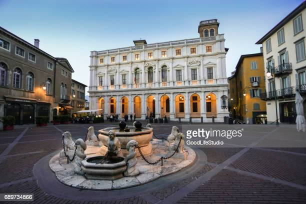 old square in bergamo - bergamo stock pictures, royalty-free photos & images