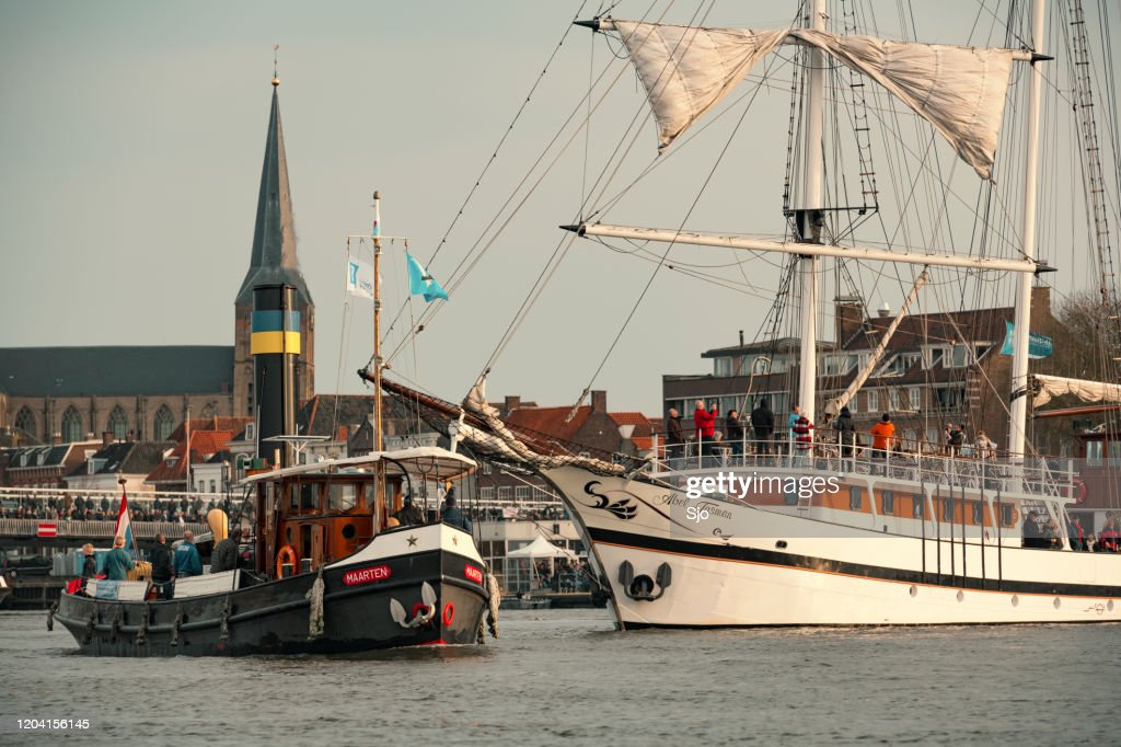 Old steam boat at the river IJssel during the 2018 Sail Kampen event : Stock Photo