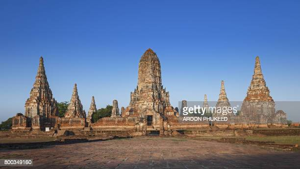 old temple wat chaiwatthanaram of ayutthaya province - ayuthaya province stock pictures, royalty-free photos & images