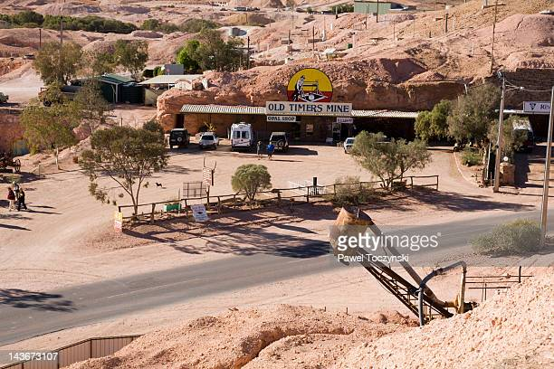 Old Timers Mine, opal mine in Coober Pedy