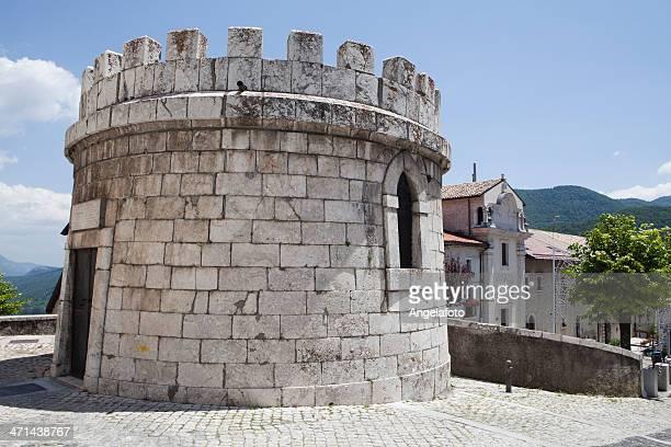 旧タワー、opi 、イタリア、アブルッツィ - アブルッツォ州 ストックフォトと画像