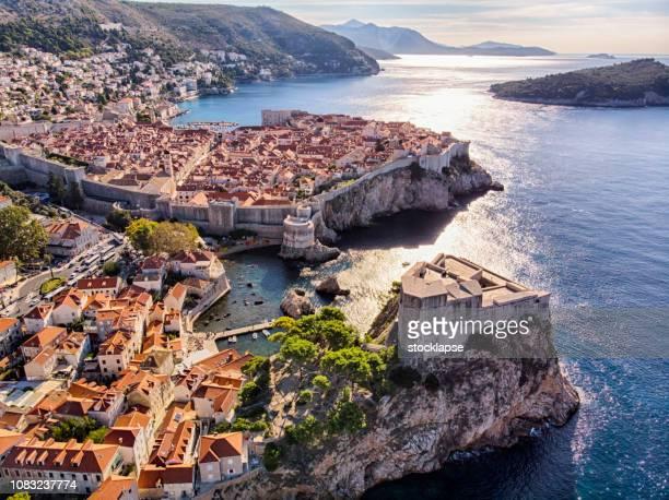 old town and fort lovrijenac aerial view in dubrovnik - croazia foto e immagini stock