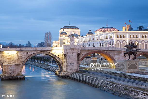 old town bridge at dusk, skopje, macedonia - skopje stock pictures, royalty-free photos & images
