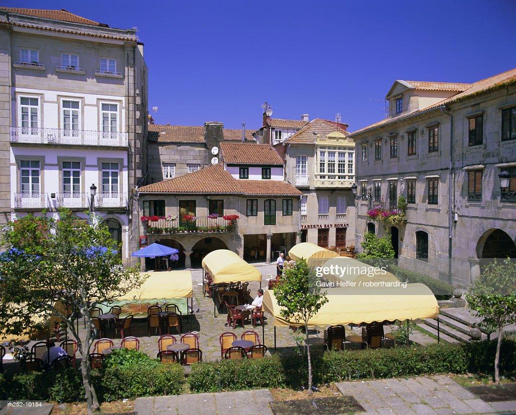 Old town cafes, Pontevedra, Galicia, Spain, Europe : Foto de stock