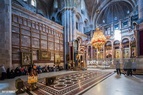 old town, christian quarter, church of the holy sepulchre (also called the basilica of the holy sepulchre), the greek choir - igreja do santo sepulcro imagens e fotografias de stock