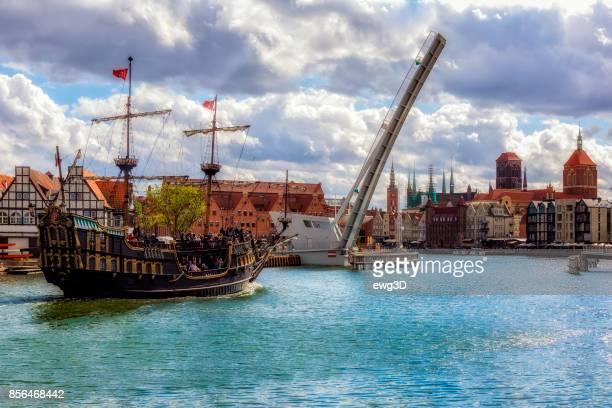 old town gdansk in summer, poland - gdansk stock pictures, royalty-free photos & images