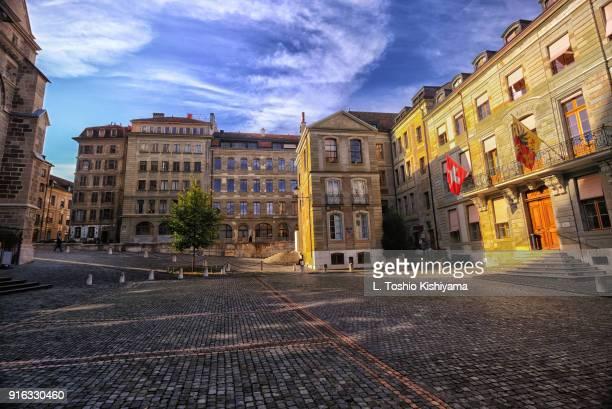 old town geneva, switzerland - centro storico foto e immagini stock